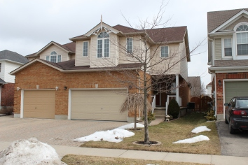 71 Sofron Dr is a cute 2 bedroom, 3 baths home with 1490sq.ft. Open House Sunday April 14th from 2-4pm- check it out.